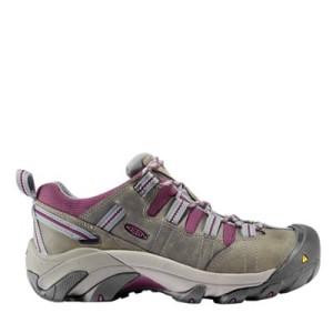 Choosing Work Shoes For Women   Steel Toe Shoes For Women