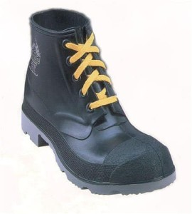 chemical resistant work boots2